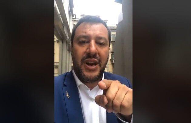 Salvini sempre più aggressivo: «Sugli sbarchi, nemmeno Conte può darmi ordini»
