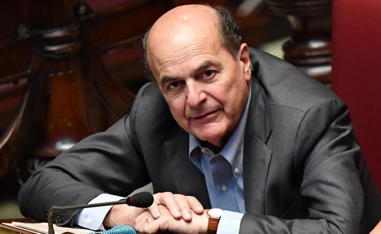 Bersani pensiona il Pd: «Bisogna andare oltre»