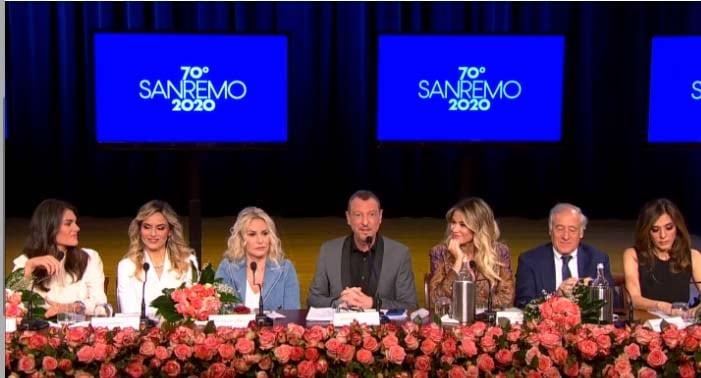 Sanremo 2020 Amadeus presentazione