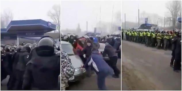 Ucraina, folla attacca un autobus di evacuati da Whuan per p