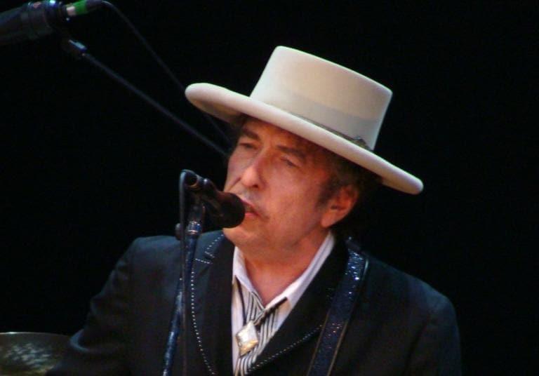 """La sorpresa di Dylan per i fan è un addio al """"Secolo Americano"""""""