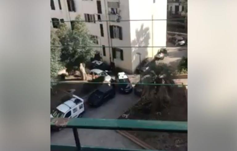 A Pozzuoli le persone chiuse in casa per l'emergenza attacca