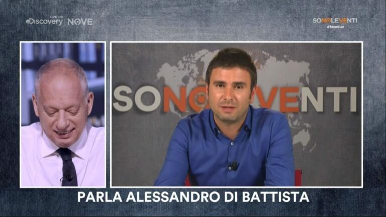 La stoccata di Di Battista: «Renzi non farà cadere il govern