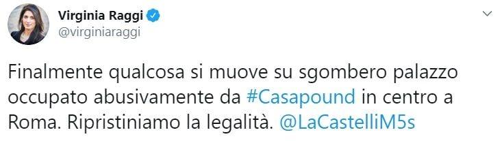 Raggi e Castelli: «Ordinato lo sgombero a Casapound, ripristiniamo la legalità»