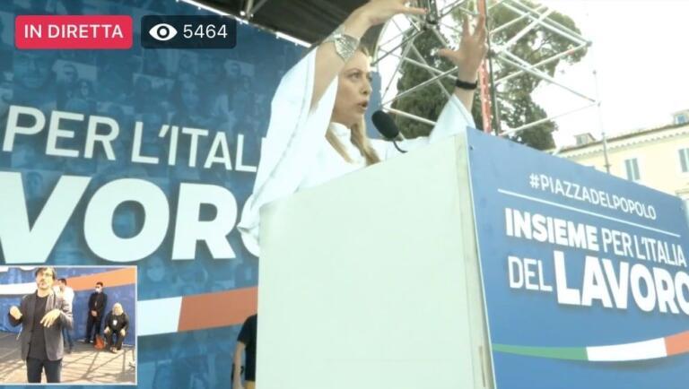 Giorgia Meloni: «Non possiamo permetterci Azzolina, a confro