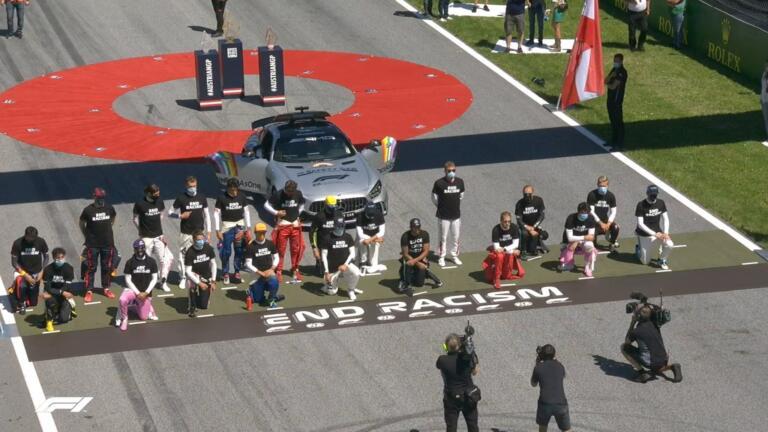 Leclerc e Verstappen decidono di non inginocchiarsi per il '