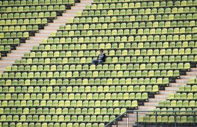 """Riapertura degli stadi, Ricciardi: """"Al momento non è pensabile, priorità alle scuole"""""""