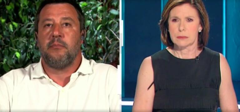 Salvini torna a parlare del plexiglas, ma viene sbugiardato