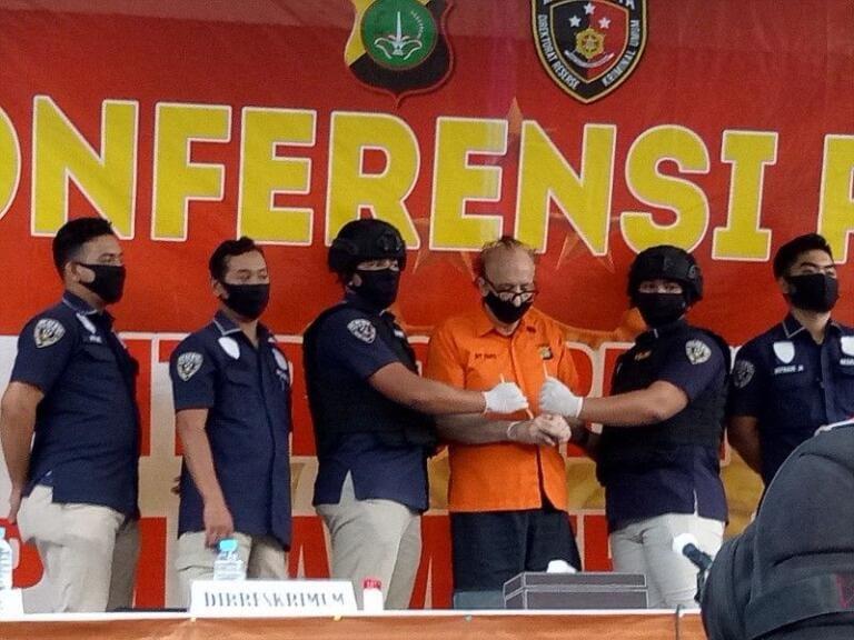 Indonesia: un pensionato francese rischia la pena di morte p