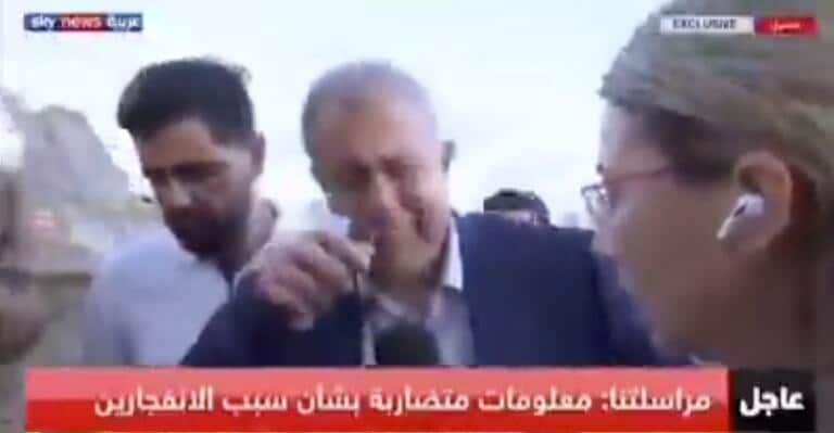 Le lacrime del governatore di Beirut davanti alla devastazione: «È come Hiroshima» | VIDEO
