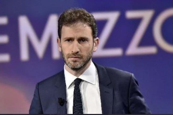 Incontro tra Salvini e Casaleggio nel 2017, il giudice dà ragione a Calabresi