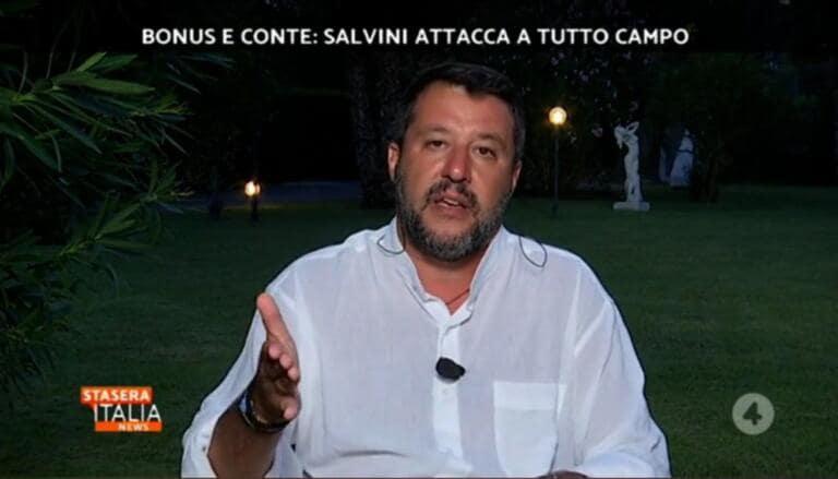 Salvini dice che la Raggi non è una cattiva persona, ma non la rivoterebbe neanche un palo della luce