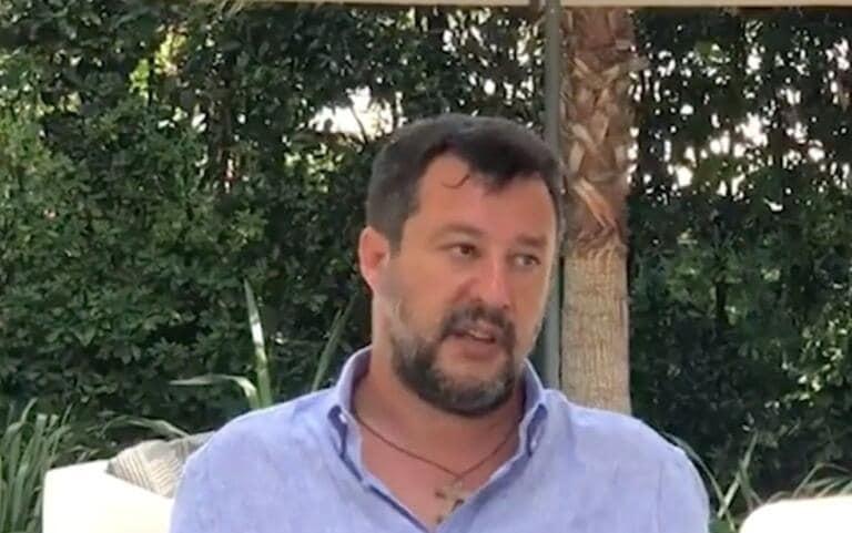 """Caso Gregoretti, la memoria difensiva di Salvini in vista dell'udienza: """"A bordo c'erano due scafisti, governo pienamente coinvolto"""""""