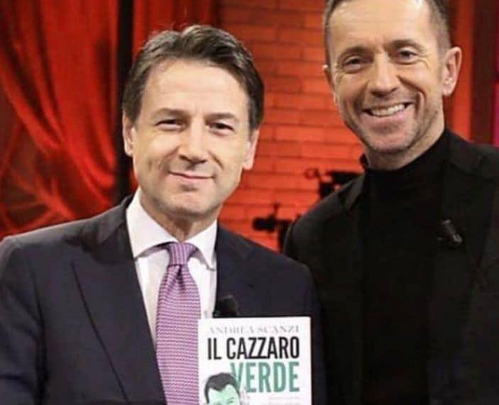 Luca Bizzarri accusa Conte per la foto con Scanzi