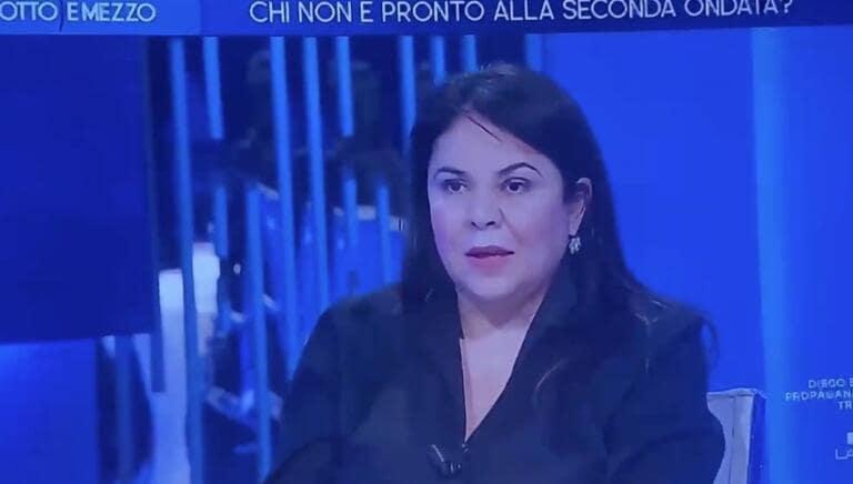 Michela Murgia dice che Salvini non è credibile «con il muso unto di porchetta» e il web tira fuori l'articolo sulla 'Matria'