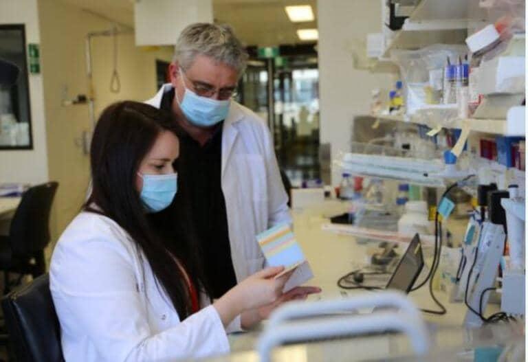 """""""Il Covid può favorire il Parkinson"""", lo studio degli scienziati australiani"""