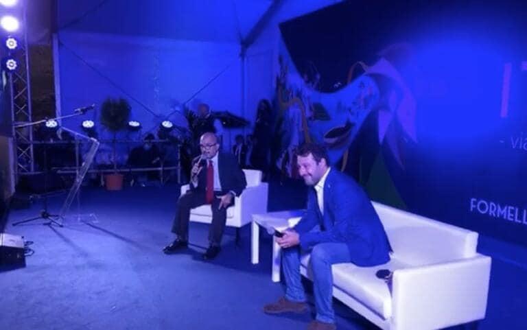 Salvini precisa: «Mai avuta febbre, solo il torcicollo: il mio test è negativo»