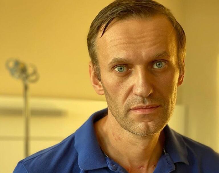 Navalnyj dimesso dall'ospedale di Berlino, accusa diretta a Putin: «C'è lui dietro il mio avvelenamento»