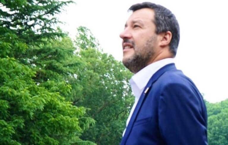 Salvini chiede di utilizzare anche i «farmaci che costano poco» per curare il Covid