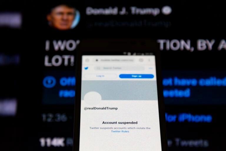Trump fuori da Twitter: crollo vertiginoso delle fake news sul social