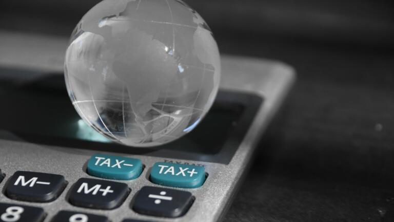 Così il digitale ha divorato l'equità: perché si parla di tassa globale e perché potrebbe non essere abbastanza