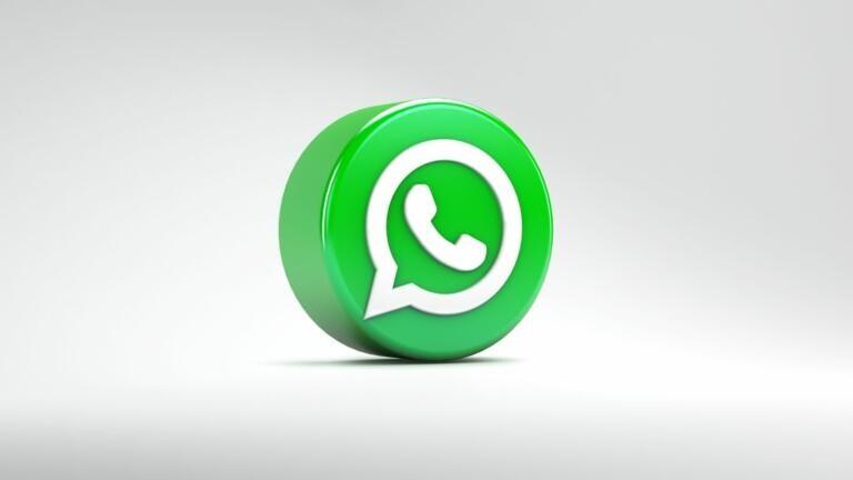 Secondo il capo di Whatsapp i governi dovrebbero «chiedere più sicurezza per la privacy dei cittadini»