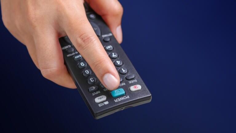 Nuovo digitale terrestre, le date dello switch   off. Come capire se la tv è compatibile