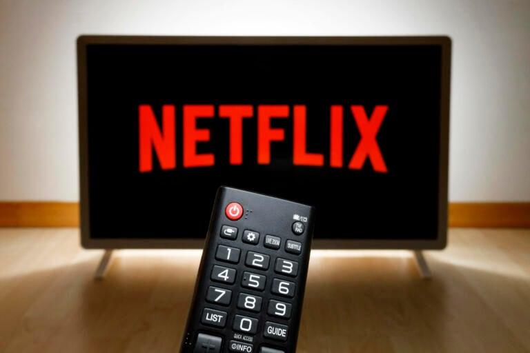 """Netflix licenzia un dipendente accusato di aver fatto la """"spia"""": """"Ha rivelato informazioni riservate sul controverso show di Dave Chappelle"""""""