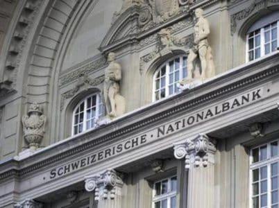 Trasferire soldi dall'Italia alla Svizzera: metodi e costi