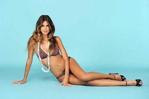 Calendario Melissa Satta.Melissa Satta Posa In Bikini Isa E Chia