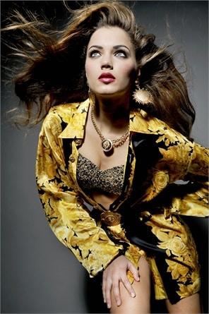 Giusy Buscemi Calendario.Giusy Buscemi Posa Per Il Calendario Di Miss Italia Foto