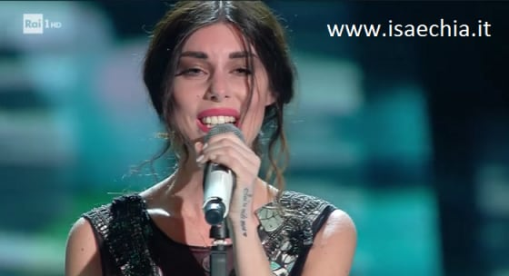 Sanremo - Bianca Atzei esibizione