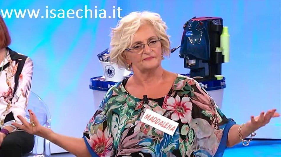 Raffaella Mennoia furiosa con alcuni protagonisti di 'Uomini e Donne'