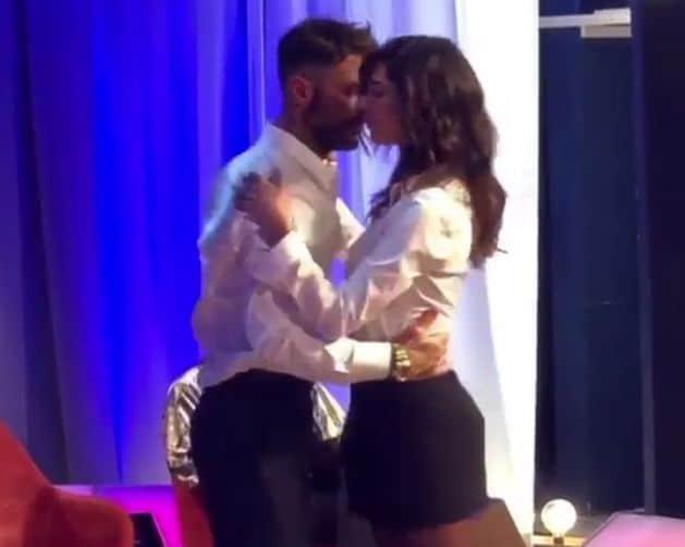 Belen Rodriguez: il ballo con Fabrizio Corona, ritorno di fiamma?