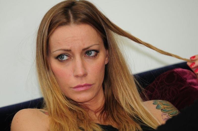 Raffaella Mennoia preoccupa i follower: foto social in ospedale