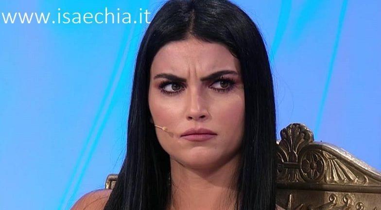 Maria De Filippi decisione choc, 'lascia' Uomini e Donne: ecco il motivo