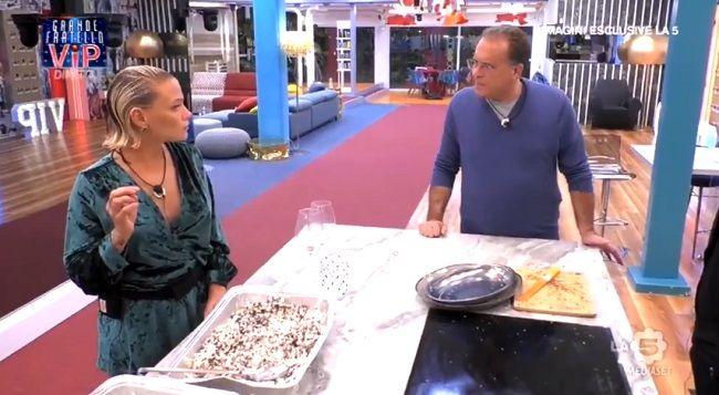 Silvia Provvedi in lacrime: Cecchi Paone attacca Fabrizio Corona