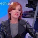 Trono over - Tinì Cansino