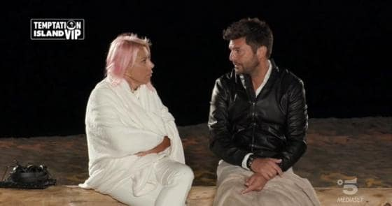 Temptation Island Vip 2 - Anna Pettinelli e Stefano Macchi