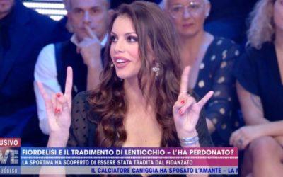 Live - Non è la D'Urso - Antonella Fiordelisi