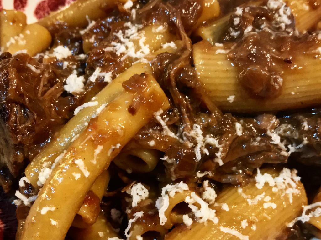 ricetta pasta genovese napoletana