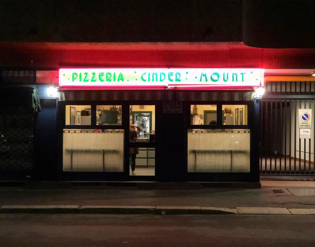 pizza pizzeria milano cinder mount