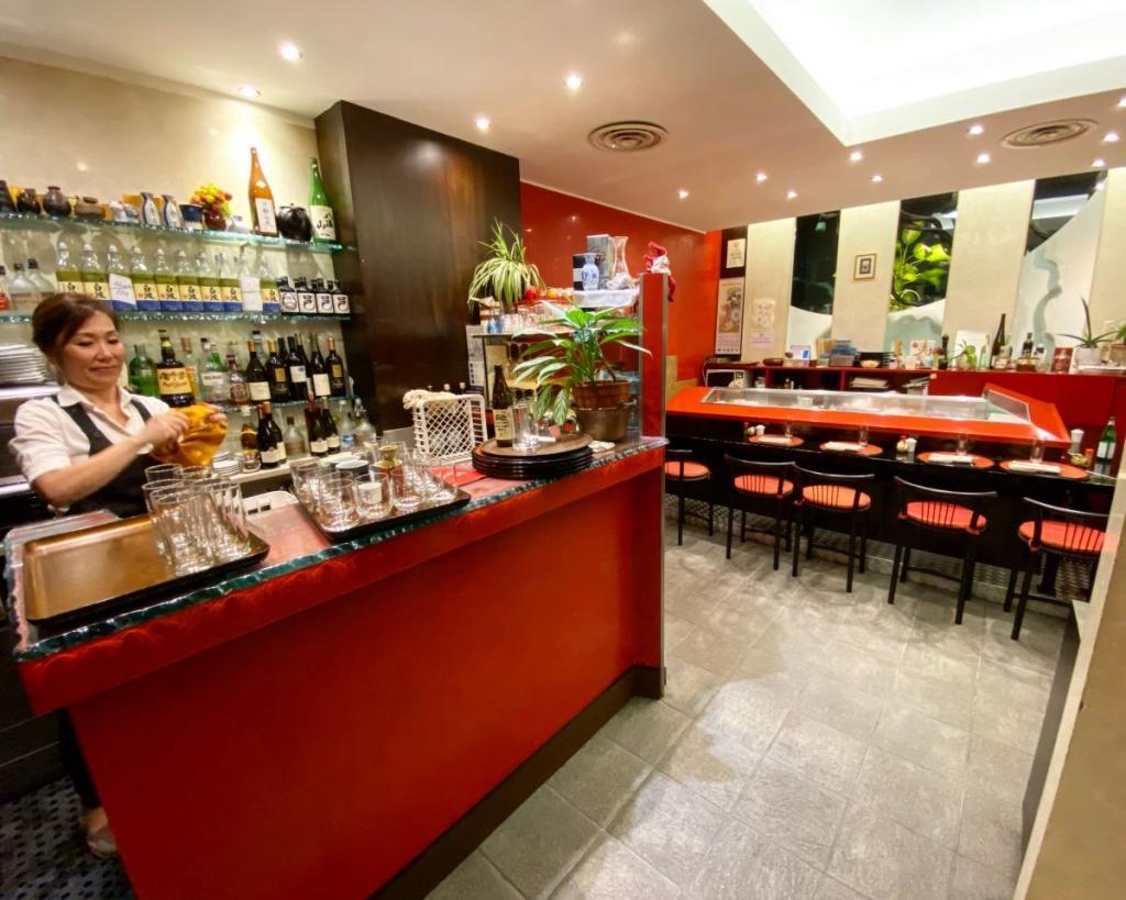 tomoyoshi endo sushi bar