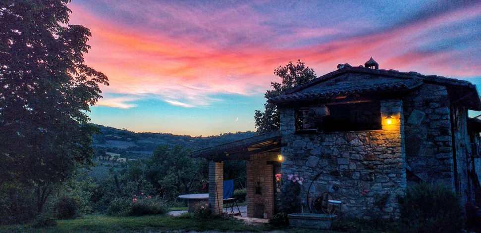 poggi brico agriturismo todi tramonto