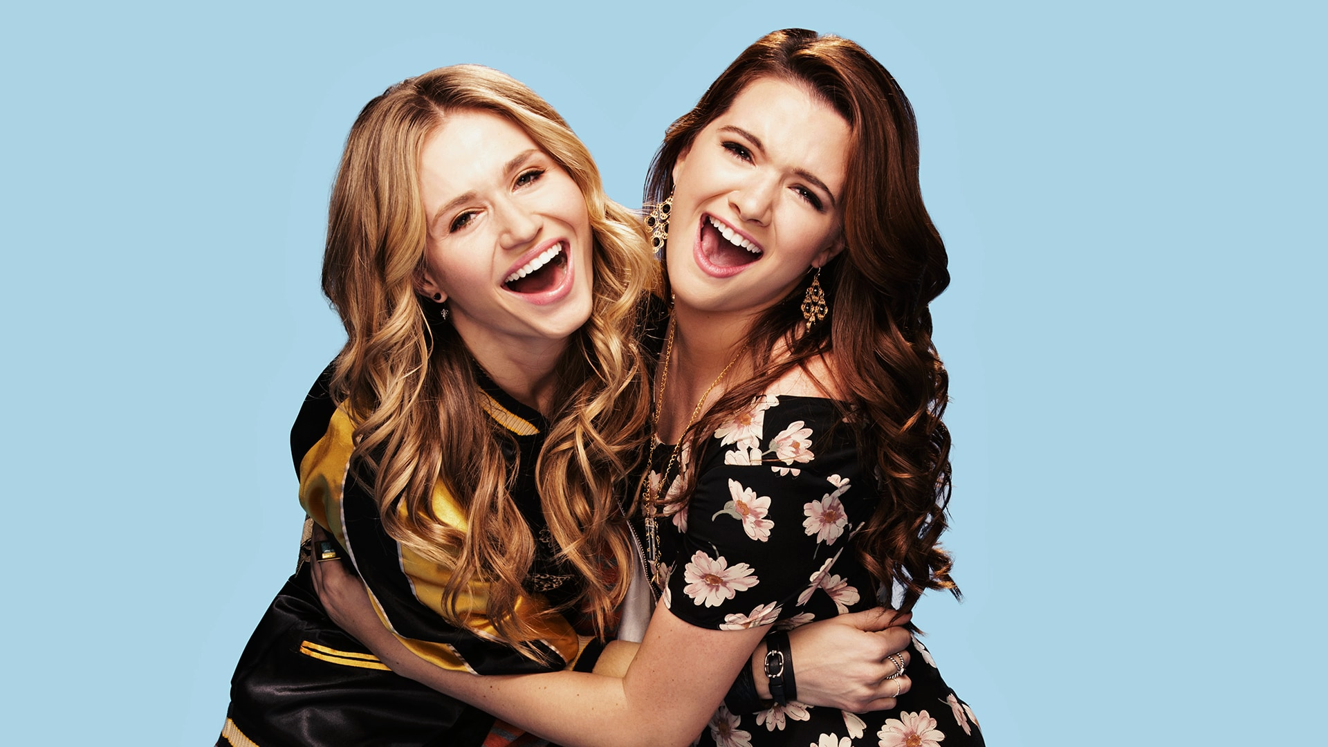 FAKING IT – Season 2 – Pictured (L-R): Rita Volk as Amy and Katie Stevens as Karma. The series returns for its ten-episode second season Tuesday, September 23 at 10:30 PM ET/PT on MTV.