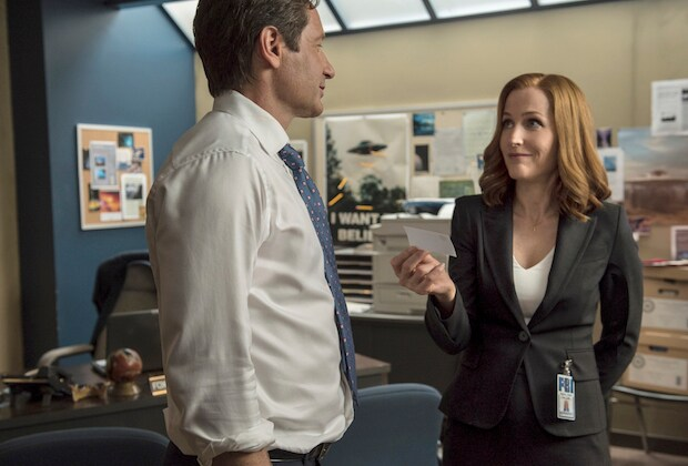 "THE X-FILES: L-R: David Duchovny and Gillian Anderson in the ""Babylon"" episode of THE X-FILES airing Monday, Feb. 15 (8:00-9:00 PM ET/PT) on FOX. ©2016 Fox Broadcasting Co. Cr: Ed Araquel/FOX"