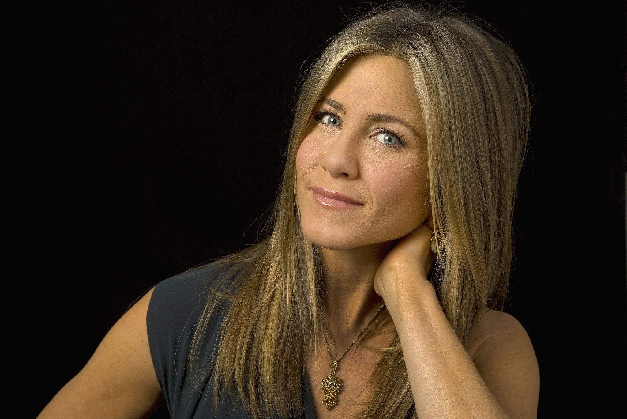 ****ENVELOPE STORY FOR NOVEMBER 20, 2014. DO NOT USE PRIOR TO PUBLICATION********** BURBANK, CA., OCTOBER 22,, 2014, -- The Envelope talks with Jennifer Aniston, her Oscar potential roles in the Envelope Lead Actress Roundtable. (Kirk McKoy / Los Angeles Times)