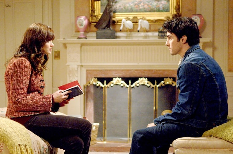 rory-and-jess-gilmore-girls-zoom-0f1691b1-6709-4a2c-b563-7a7bf3ceed42