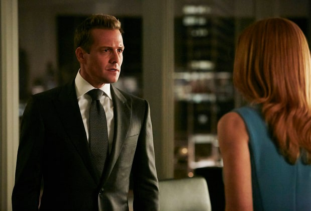 """SUITS -- """"Turn"""" Episode 604 -- Pictured: Gabriel Macht as Harvey Specter -- (Photo by: Ian Watson/USA Network)"""