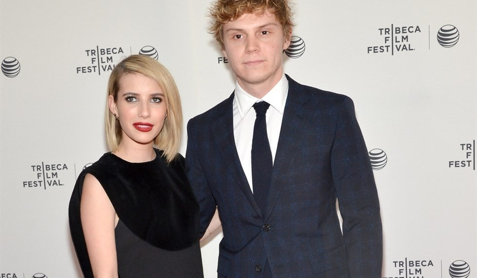 emma-roberts-evan-peters_980x571
